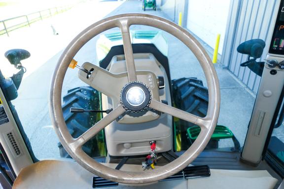 2012 John Deere 7200R-12