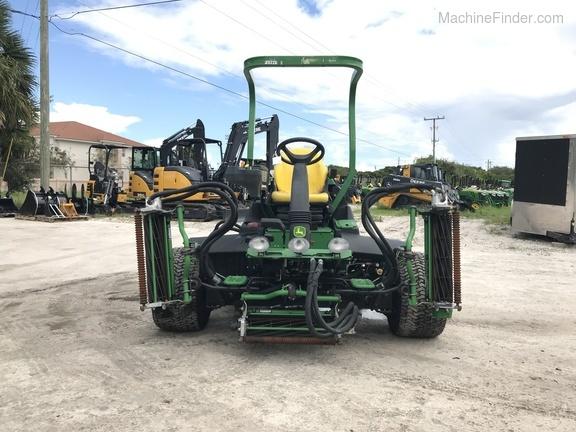 Pre-Owned John Deere 7500 Fairway Mower in Boynton Beach, FL Photo 0
