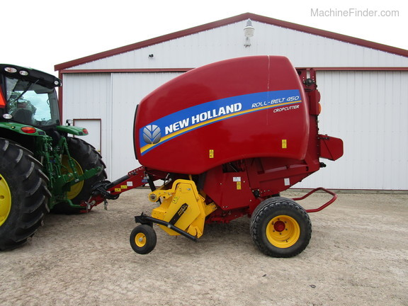 2016 New Holland Rollbelt 450 Image 6