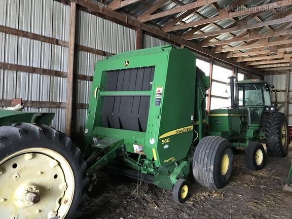 2011 John Deere 568