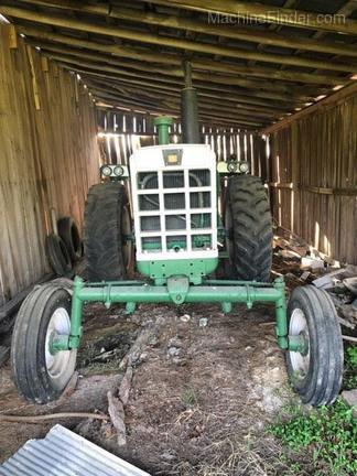 Photo of 1968 Oliver 1750
