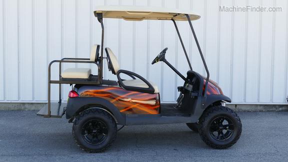 Club Car CUSTOM ELECTRIC GOLF CART-5