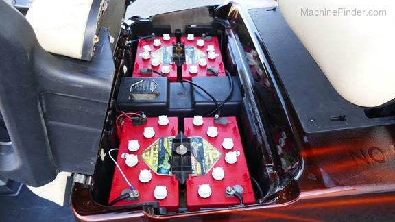 Club Car CUSTOM ELECTRIC GOLF CART-11