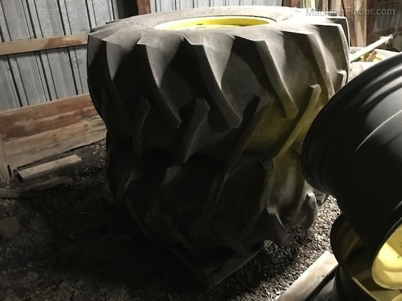Firestone 23.1X26 TIRES AND WHEELS