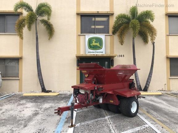 Pre-Owned Toro ProPass 200 Wireless Topdresser in Boynton Beach, FL Photo 0
