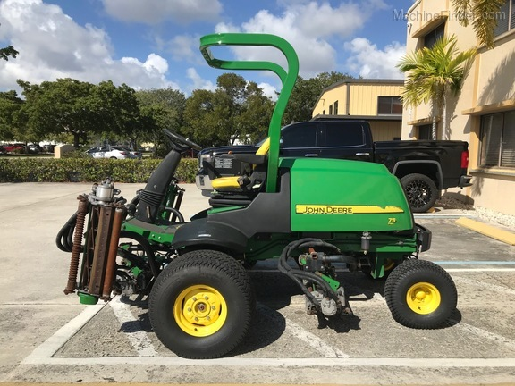 Pre-Owned John Deere 7500 in Boynton Beach, FL Photo 1