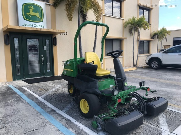 Pre-Owned John Deere 2500BG in Boynton Beach, FL Photo 3