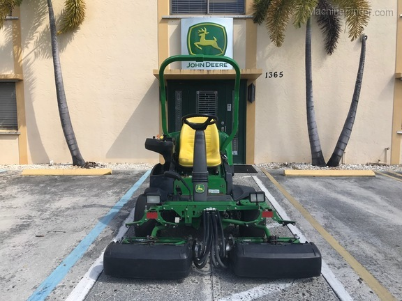 Pre-Owned John Deere 2500BG in Boynton Beach, FL Photo 4