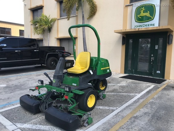 Pre-Owned John Deere 2500BG in Boynton Beach, FL Photo 0