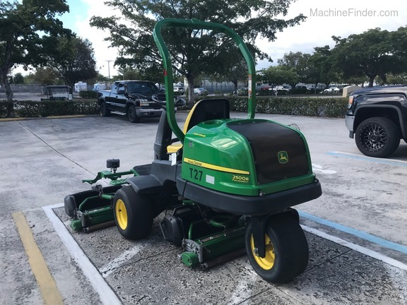 Pre-Owned John Deere 2500BG in Boynton Beach, FL Photo 2