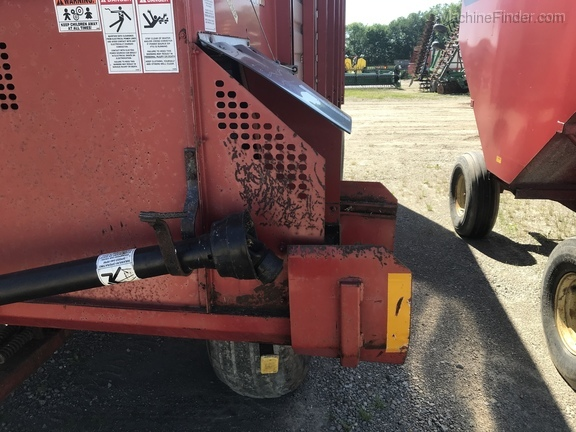 2002 H&S Twin Auger HD Image 7