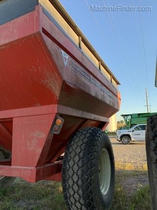 United Farm Tool 660