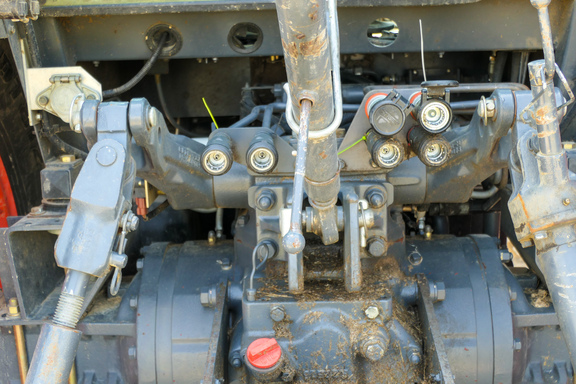 2010 Kubota M135XDTC-13