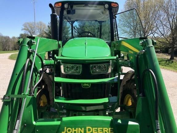 Photo of 2018 John Deere 5100E
