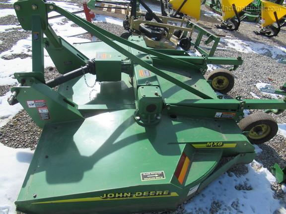 John-Deere-MX8-34