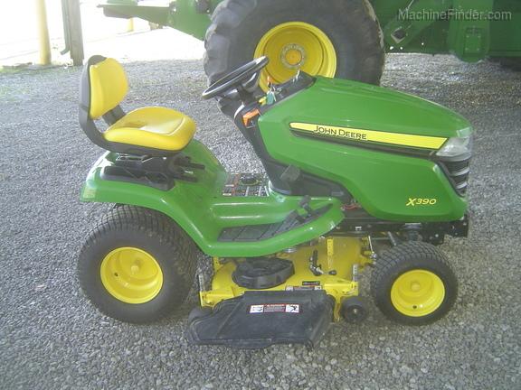 John Deere X390