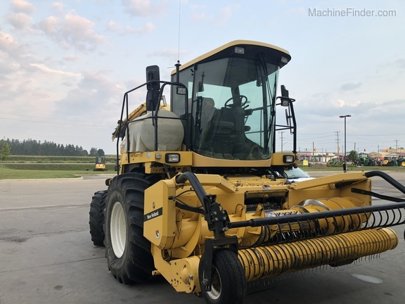 2003 New Holland FX60 Image 2