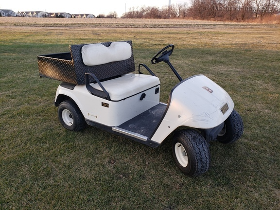E-Z-GO ELEC. GOLF CART Image 1