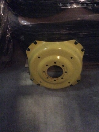 John Deere SU33664 REAR WHEEL RIM Image 5